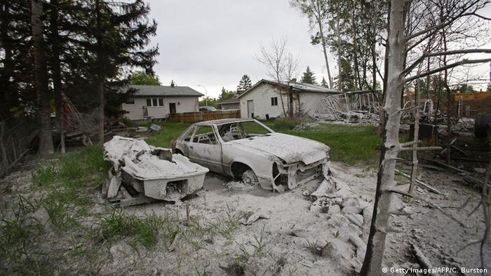 Ausgebrannte Autos in Fort McMurray (Foto:afp)