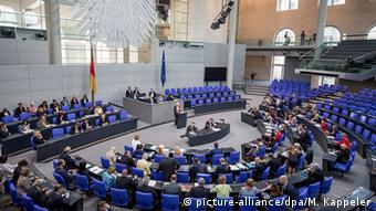 Ο Β. Σόιμπλε εκτιμά ότι η Ολομέλεια της Bundestag δεν πρέπει να αποφασίσει εκ νέου για τη βοήθεια προς την Ελλάδα
