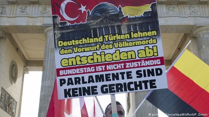 Deutschland Debatte im Bundestag um Anerkennung des Völkermordes durch die Türkei an den Armeniern