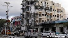 02.06.2016+++ Somali forces take positions at Hotel Ambassador on Maka Al Mukaram Road in Somalia's capital Mogadishu, June 2, 2016. +++ (C) Reuters/F. Omar