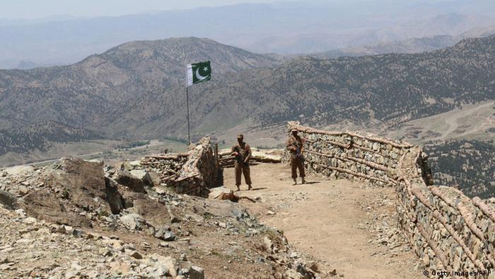 Pakistan Waziristan Soldaten im Shawal Tal