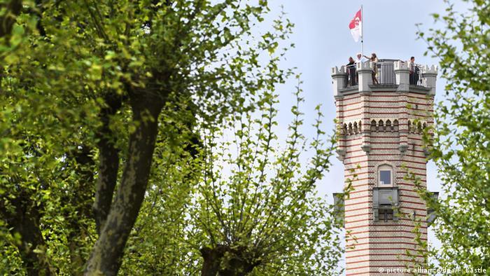Башня дворца Монфорт
