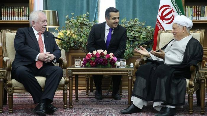 میشائل هویپل، شهردار وین در سفر خود به ایران با اکبر هاشمی رفسنجانی دیدار کرد.