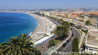 Και η Νίκαια ακολουθεί τη νέα τάση των πλαζ χωρίς κάπνισμα