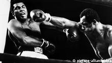 Boxer Muhammad Ali vs. Ken Norton