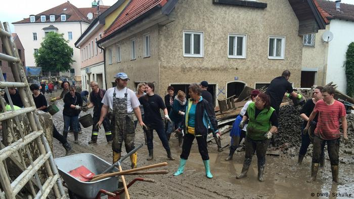 Clean up efforts after flooding in Simbach, Germany