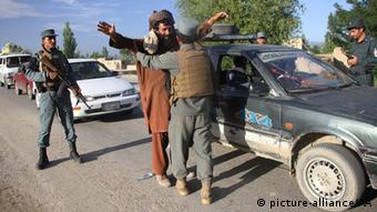 Afghanistan Polizei Kontrollen in Logar