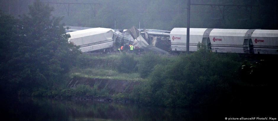 O trem de passageiros estava em alta velocidade no momento do acidente