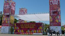 03.06.2016++++++++ Entrance to 86th edition of Lisbon's Book Fair, that took place at Parque Eduardo VII between 26th May and 13th June. In this fair, people can find stands for different Portuguese publishers and numerous books, at lower prices than normal book stores. Angolan writers, such as José Eduardo Agualusa, Pepetela and Ondjaki are the most searched authors. (c) DW/J. Carlos