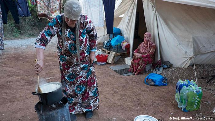 Griechenland Ramadan Fastenbrechen in Ritsona Flüchtlingslager bei Athen