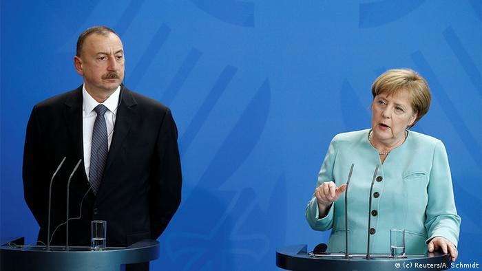 Deutschland Pressekonferenz Gespräch Angela Merkel und Präsident Aserbaidschan Ilham Aljew