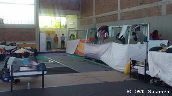 Deutschland Flüchtlinge Notunterkunft Sporthalle Lessingstraße, Berlin
