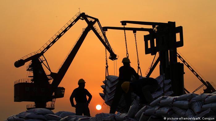 Weltbank schwächt Wachstumsprognose für Weltwirtschaft deutlich ab (picture-alliance/dpa/X. Congjun)