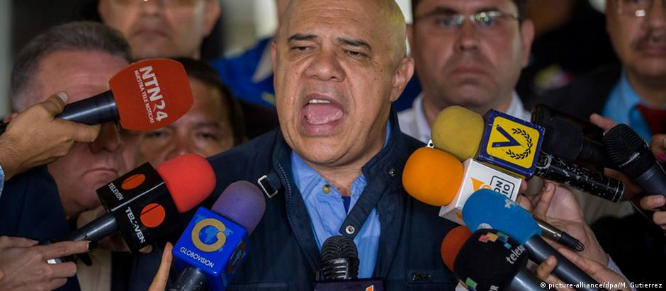 Jesús Torrealba, porta-voz da oposição na Venezuela