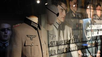 Tom Cruise as Stauffenberg - the exhibition in Bonn includes original costumes