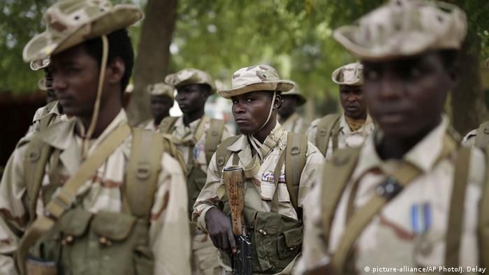 Chadian army (picture-alliance/AP Photo/J. Delay)