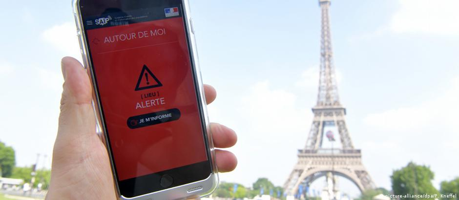 Aplicativo foi disponibilizado gratuitamente para iOS e Android, em inglês e francês