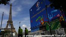 Frankreich Paris Eiffelturm UEFA Euro 2016