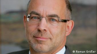 Prof. Dieter Bingen