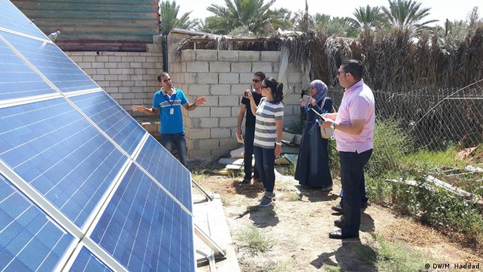 Irrigation in the Jordan Valley: Workshop participants visited asolar  project developed by the German Jordanian
