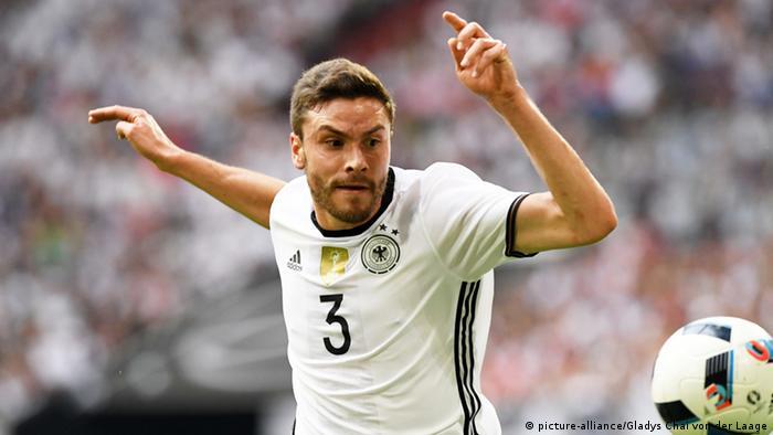 Deutschland Gelsenkirchen Jonas Hector Nationalspieler (picture-alliance/Gladys Chai von der Laage)