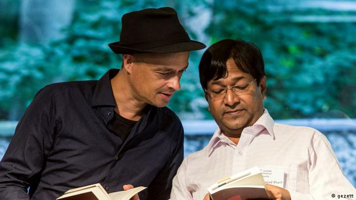 Poets Translating Poets - VersSchmuggel mit Sharif Jackson und seinem Übersetzer und Hendrik Jackson © gezett