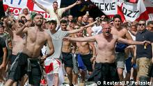 11.06.2016 *** Football Soccer - Euro 2016 - England v Russia - Group B - Marseille, France - 11/6/16 England supporters gather near the old port of Marseille before the game. REUTERS/Jean-Paul Pelissier © Reuters/J.P. Pelissier