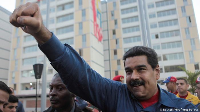 Venezuela: Maduro anuncia toma militar de puertos