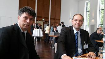 Mirza Maglić (desno) s kolegom Nerminom Mustaficom uoči početka razgovora