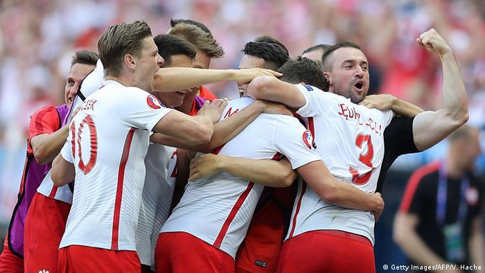Frankreich Fußball-EM Polen vs. Nordirland in Nizza