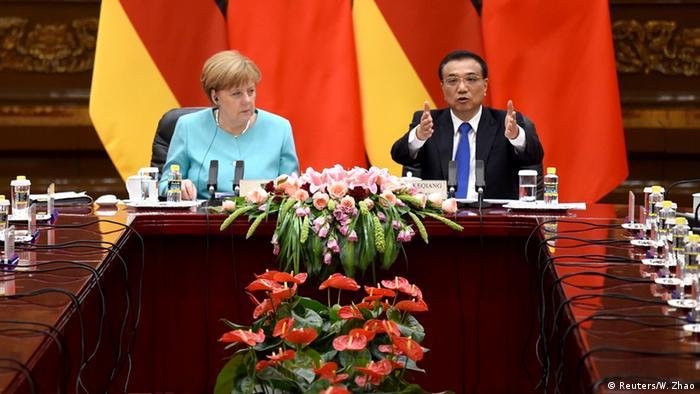 Merkel apoia negociações para reconhecer China como uma economia de mercado na (OMC)