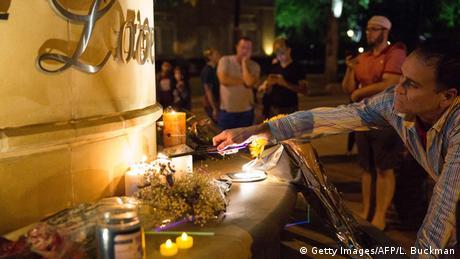USA Dallas Symbolbild Trauer an Attentat