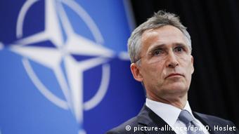 Belgien Brüssel NATO Generalsekretär Jens Stoltenberg während Pressekonferenz