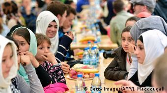 Muslims break fast at Ramadan