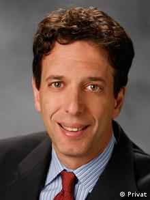 David H. Schanzer Professor an der Sanford School of Public Policy