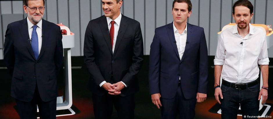 Mariano Rajoy, Pedro Sanchez, Albert Rivera e Pablo Iglesias antes de um debate televisivo