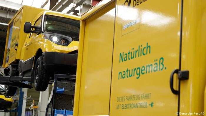 Deutsche Post DHL e-van production line