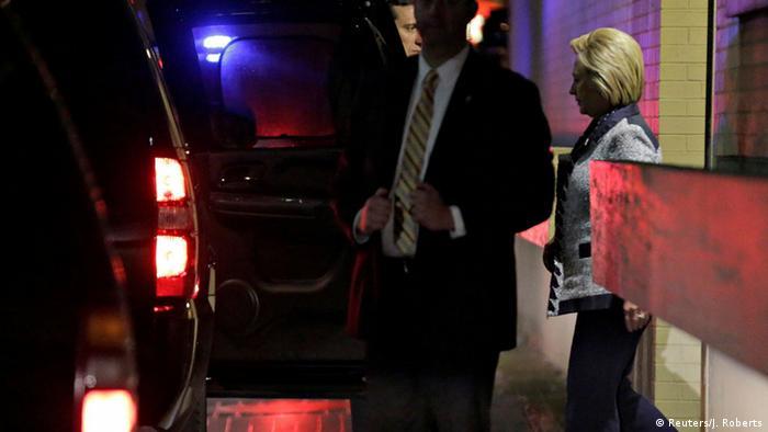 USA Hillary Clinton nach Treffen mit Bernie Sanders