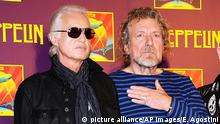 """9.10.2012 *** FILE - In this Oct. 9, 2012 file photo, Led Zeppelin guitarist Jimmy Page, left, and singer Robert Plant appear at a press conference ahead of the worldwide theatrical release of Celebration Day, a concert film of their 2007 London O2 arena reunion show, in New York. Generations of aspiring guitarists have tried to copy the riff from Led Zeppelin's """"Stairway to Heaven."""" Starting Tuesday, June 14, 2016, a Los Angeles court will try to decide whether the members of Led Zeppelin themselves ripped off that riff. Page and Plant are named as defendants in the lawsuit brought by the trustee of late guitarist Randy Wolfe from the band Spirit. (Photo by Evan Agostini/Invision/AP, File) Copyright: picture alliance/AP Images/E. Agostini"""