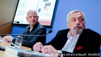 Authors of the study Oliver Decker (left) and Elmar Brähler