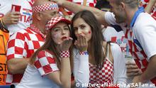 Fans, girls supporters of croatia during the UEFA Euro 2016, Group D football match between Turkey and Croatia on June 12, 2016 at Parc des Princes stadium in Paris, France - Photo Stephane Allaman / DPPI | picture-alliance/dpa/S.Allaman