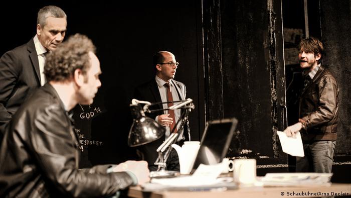 Theaterstück Ein Volksfeind (Schaubühne/Arno Declair)
