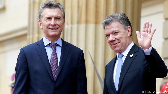 Kolumbien Mauricio Macri und Juan Manuel Santos in Bogotá