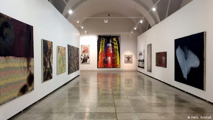 Blick in die Ausstellung deutscher Kunst in Riga. Foto: Gero Schließ, DW