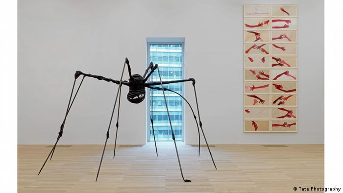 Gebäudeansichten Tate Modern Louise Bourgeois