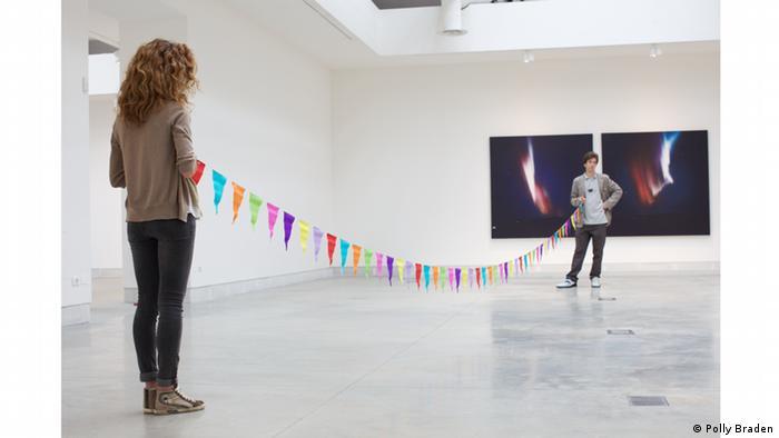 Gebäudeansichten Tate Modern Performance Kunstwerk Strangers