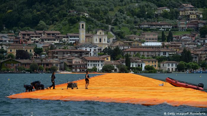 The Floating Piers führen auf Sulzano zu © Getty images/F.Monteforte