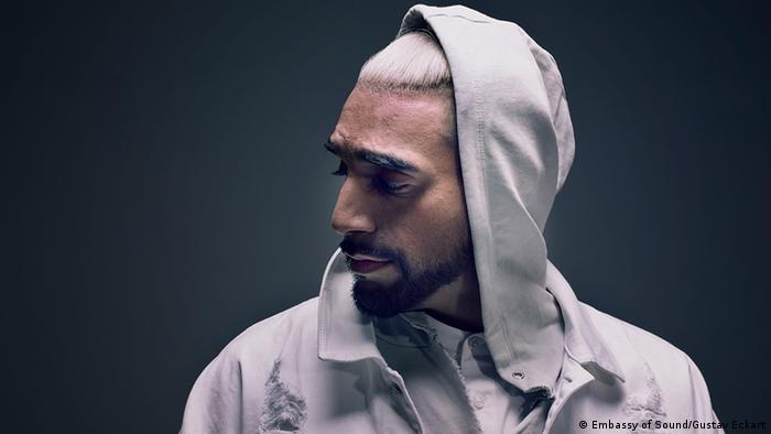 German-Pakistani rapper Ali As: Why it′s hard to be an