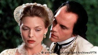 Scene from Stephen Frears' Dangerous Liaisons, Copyright: picture-alliance/United Archives/IFTN