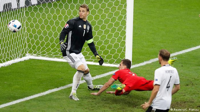 Frankreich Fußball-EM Deutschland vs. Polen in Saint-Denis